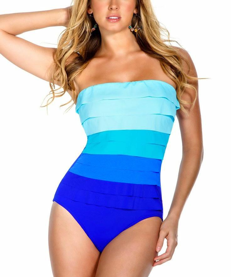 45e21954 Unngå bikinishorts da denne vil trekke oppmerksomheten på det du vil  forminske. Du kan også med fordel velge en badedrakt med fex lysere parti  øverst eller ...